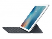 Чехол клавиатура Apple Smart Keyboard (MNKR2RS/A) для iPad Pro 9.7 (Black)